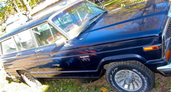 1977 Jeep Grand Wagoneer For Sale in Terre Haute, Indiana