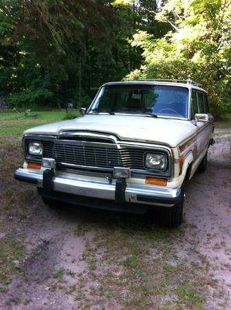1985 Jeep Grand Wagoneer V8 Auto For Sale in Northern Michigan
