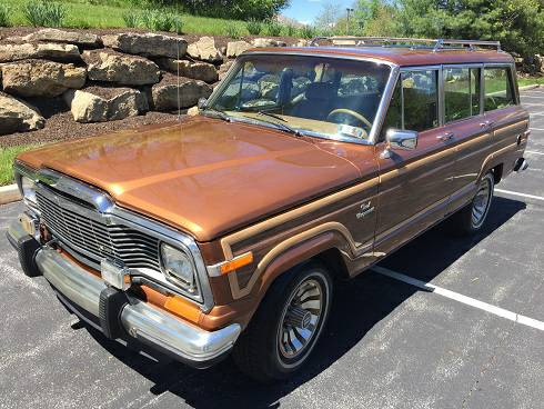 1985 Jeep Grand Wagoneer 360 V8 Auto For Sale in Silver ...