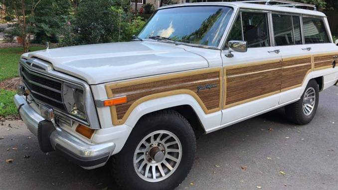 1989 jeep wagoneer 4 door strong engine for sale in chicago il. Black Bedroom Furniture Sets. Home Design Ideas