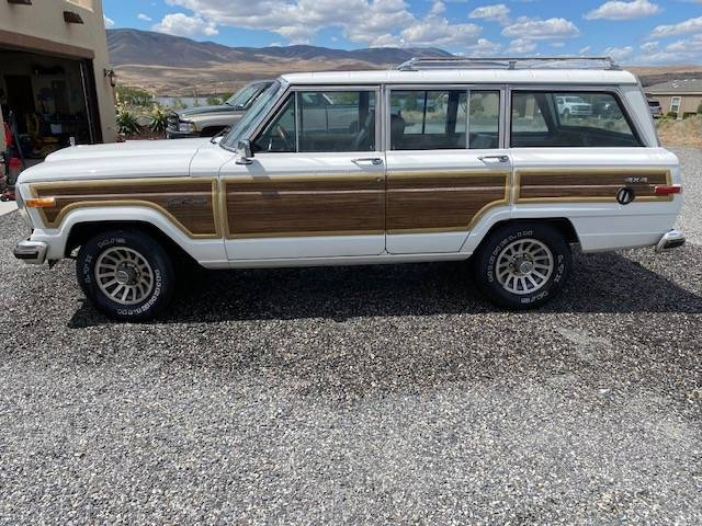 1989 Jeep Grand Wagoneer V8 Automatic For Sale in Desert ...