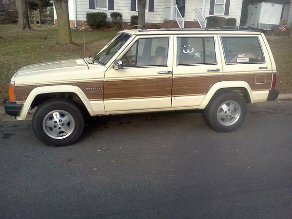 1987 Jeep Grand Wagoneer Automatic For Sale in Dalton, Georgia