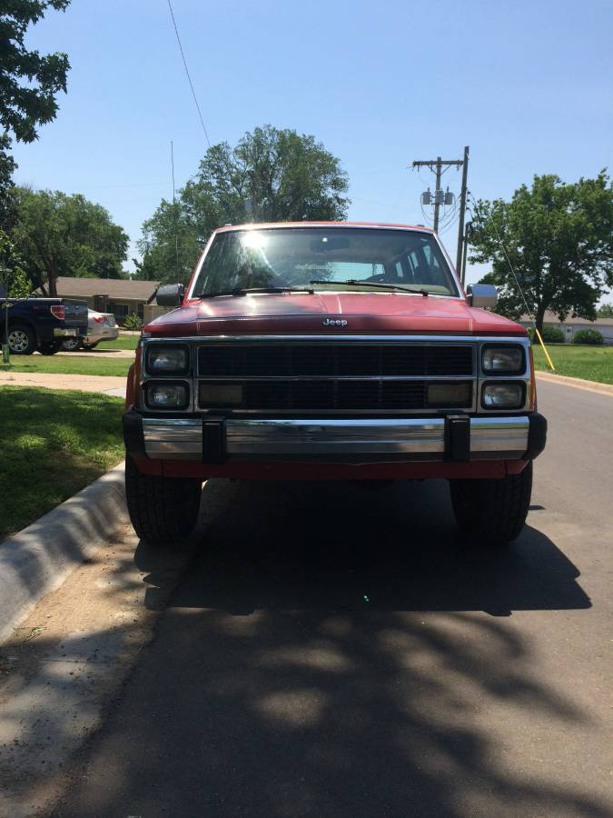 1988 Jeep Grand Wagoneer V6 Automatic For Sale in Salina ...