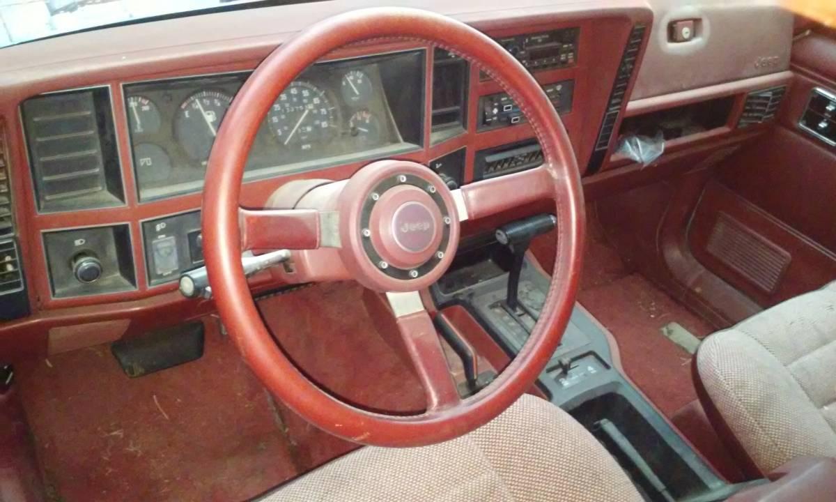 1986 Jeep Grand Wagoneer 2.8L V6 Auto For Sale in Santa Fe ...