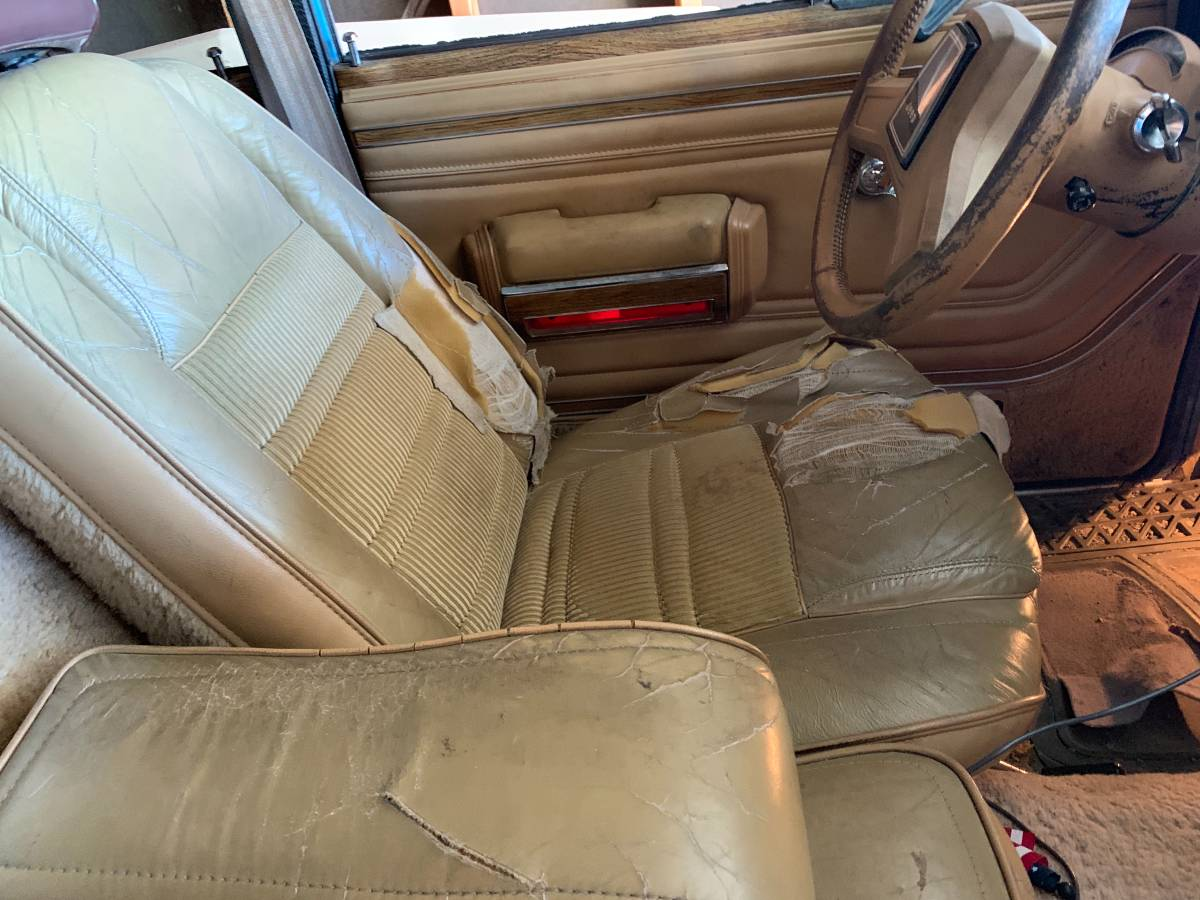 1987 Jeep Grand Wagoneer Blue For Sale in Englewood, Colorado