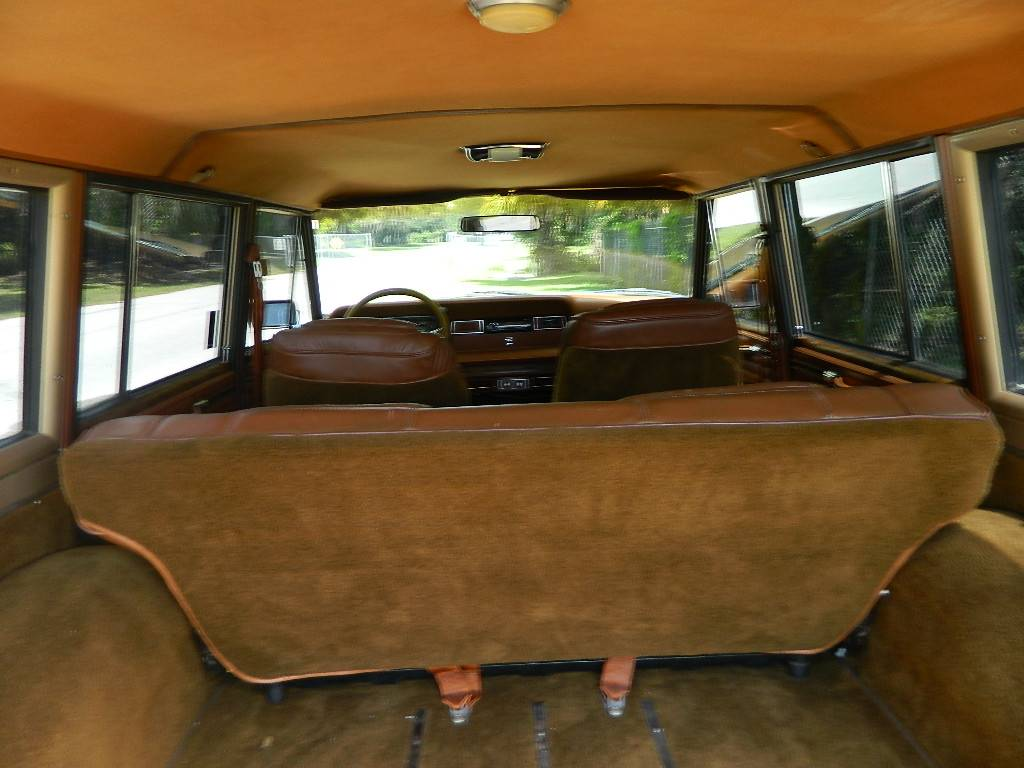 1984 Jeep Grand Wagoneer 8cyl Auto For Sale in Sarasota ...